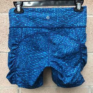 Lululemon Speed Track Shorts Size 6 EUC